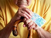 P�íjemky� vdovského d�chodu je mnohonásobn� víc ne� t�ch, kte�í pobírají d�chod...