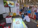 Expozice Magic Box v pražských Letňanech. Magic Box je - coby interaktivní podlahový projektor - ideálním doplňkem pro práci s dětmi v mateřských školách. Mimochodem se stal i oceněným výrobkem roku 2013.