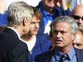 SPOR STRATÉG�. Londýnské derby mezi Chelsea a Arsenalem bylo hodn� emotivní pro...
