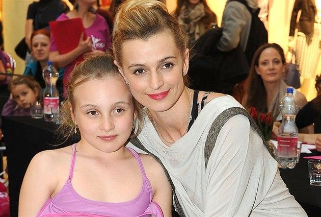 Ivana Jire�ová a její dcera Sofie (27. b�ezna 2014)