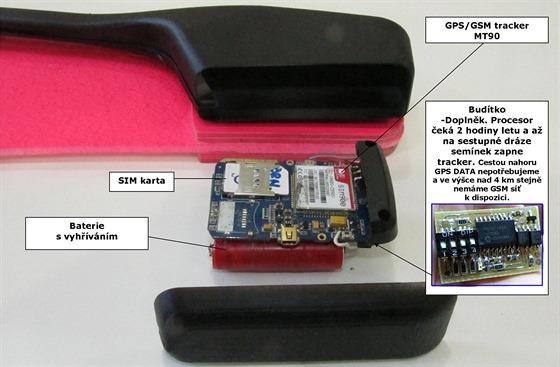 GPS tracker MT90 ve verzi pro Stratocaching 2014 byl zbaven všeho nepotřebného a doplněn budítkem.