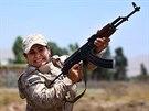 Kurdské bojovnice při výcviku v Sulajmáníje, která leží zhruba 260 km severovýchodně od Bagdádu (Irák, 3. července 2014).