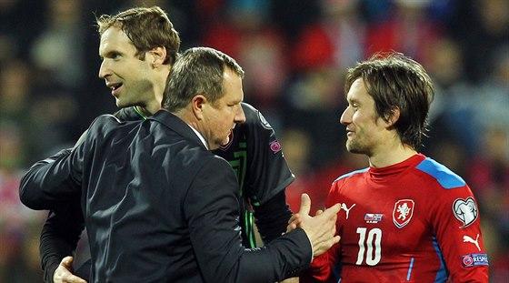 V reprezentaci jsou Tomáš Rosický (vpravo) a Petr Čech největšími osobnostmi.