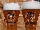 Nejv�t�� v�robce p�eni�n�ho piva na sv�t� m� heslo: Domovem v Bavorsku, v�ude na sv�t� jako doma. Tedy i v Praze.
