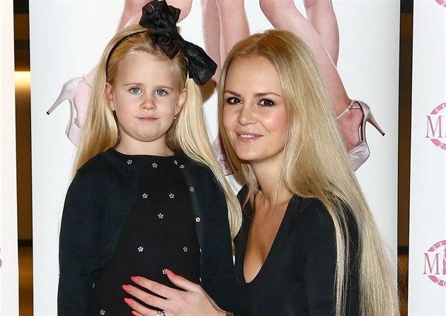 �eská Miss 2007 Lucie Hada�ová a její dcera Denisa