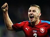 J�SOT. Pavel Kade��bek slav� g�l proti Islandu.