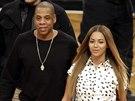 Jay-Z a Beyoncé na basketbalovém zápase Brooklyn Nets a Cleveland Cavaliers (New York, 8. prosince 2014)