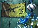 Provizorní tábor pro vojáky, kteří hlídají muniční sklady ve Vrběticích.