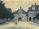 Náměstí Pod Branou v Liberci v roce 1924, kdy se jmenovalo Theodorovo náměstí.