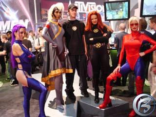 Modelky Activisionu prezentující hru X-Men byly stále v obležení