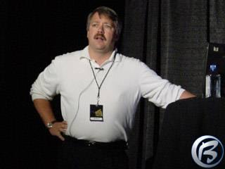 Zahajovací projev šéfa herní sekce Microsoftu Stuarta Mouldera