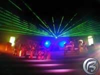 Laserové efekty a živý koncert podruhé