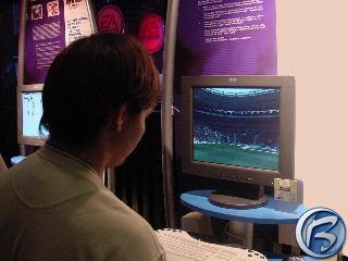 Vreco paří PC verzi oblíbeného fotbalového simulátoru FIFA 2002
