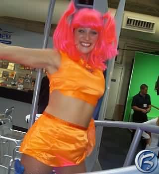 Oranžové sexy-tanečnice od Segy