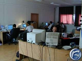 Pohled na polovinu jedné z místností vývojářů Mafie