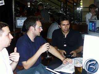 Pivo, víno a pařba dominovaly NHL 2000 party