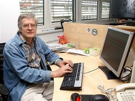 Dětský psycholog Václav Mertin byl hostem on-line rozhovoru na iDNES.cz.