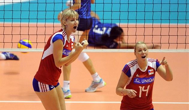 Česká volejbalová radost v podání Kristýny Pastulové a Lucie Mühlsteinové v