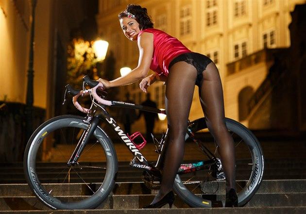 Tereza Trefná Beranová v kalendáři českých cyklistek pro rok 2015